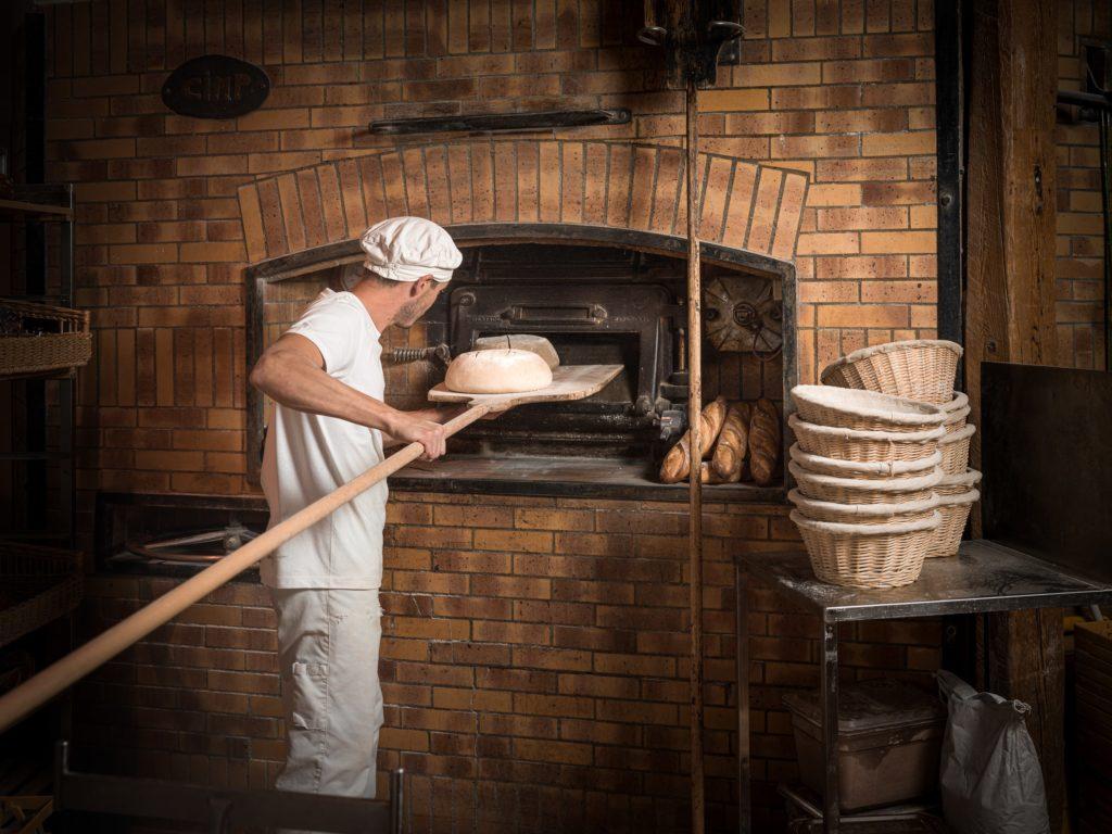 panetier four à bois boulangerie